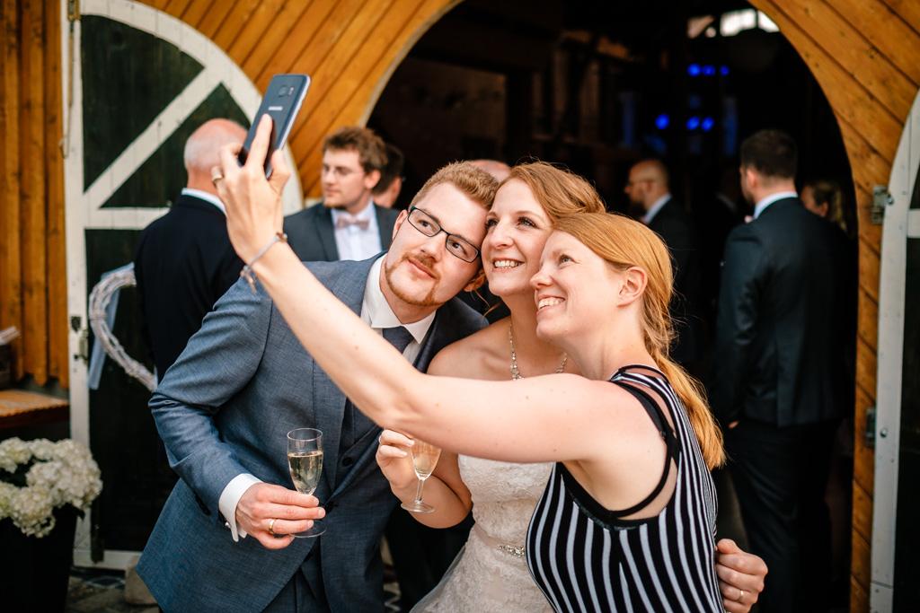 Selfie mit der Trau-Anni