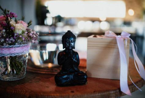 Buddha auf dem Trautisch