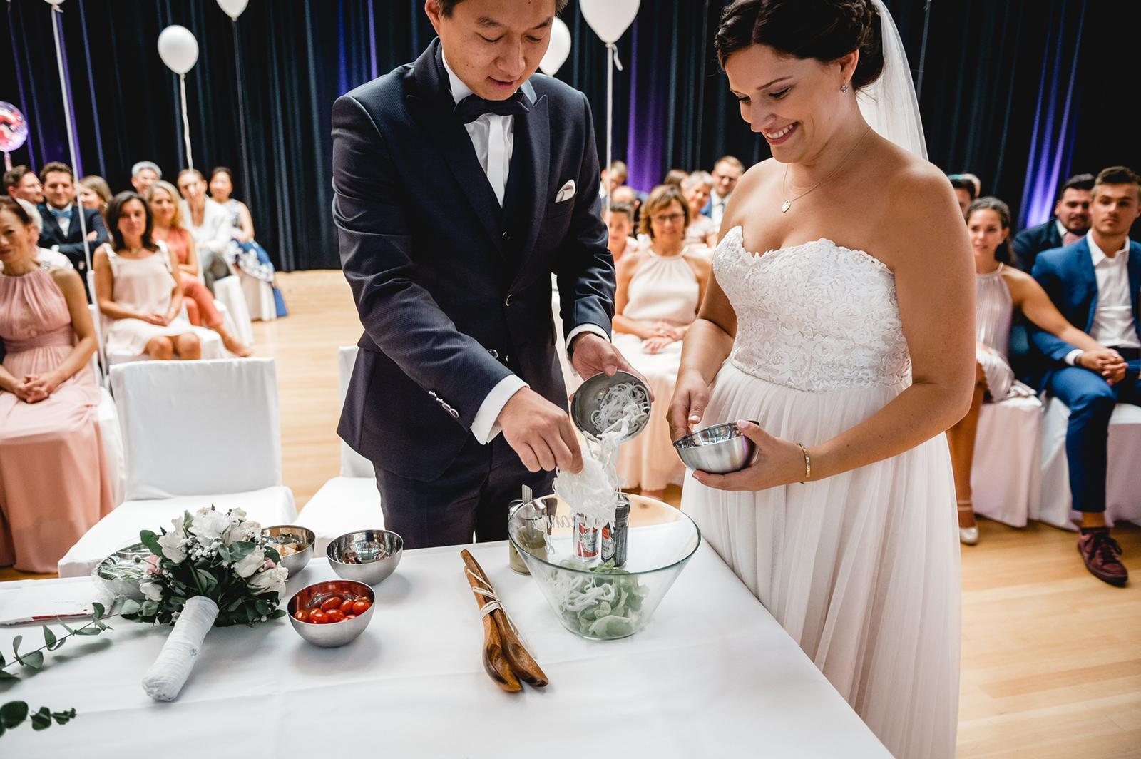 Salat-Ritual bei der freien Trauung in Essen